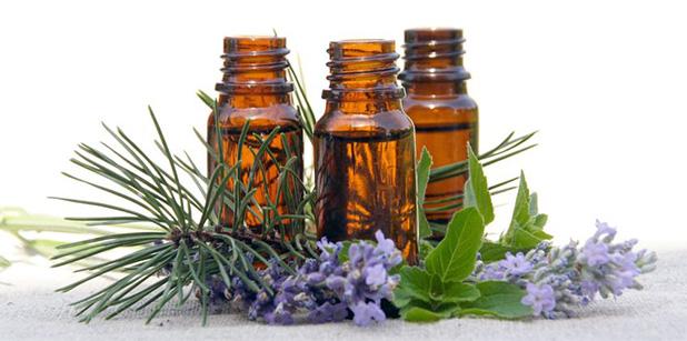 essential-oils-bottles